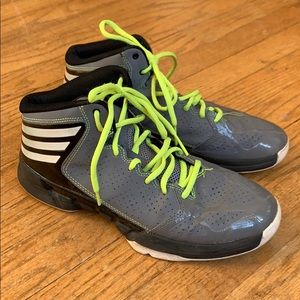 Adidas high top tennis shoes size. 7.5